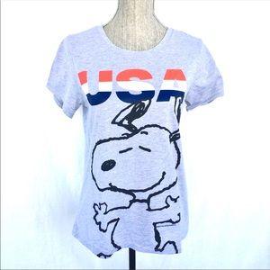 Retro Americana USA & Snoopy Graphic Tee - Small